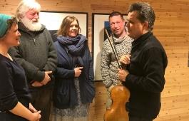 Sheppard Skærved og publikum Kunsthall Svalbard